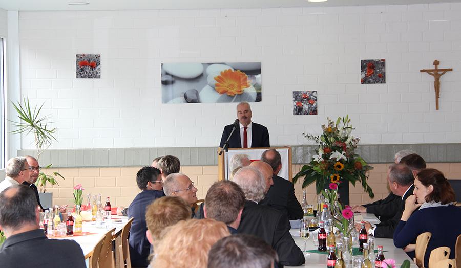 Diözesan-Caritasdirektor Dr. Markus Juch bei seiner Ansprache.
